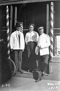 Makowsky Barbershop, 1912, click for more